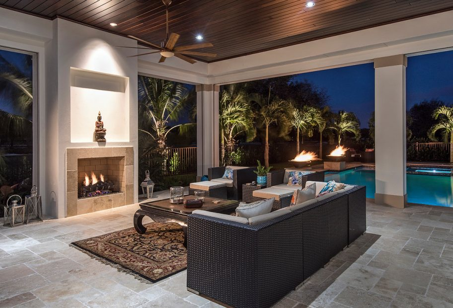 Lanai Seating and Fireplace