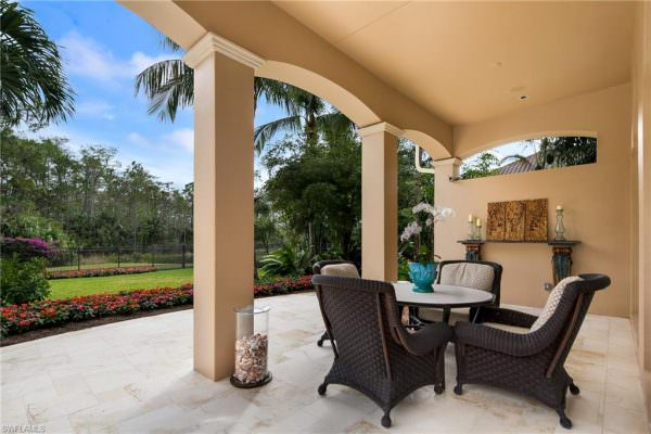 Superior Construction - 15184 Naples Florida - Harwick Homes